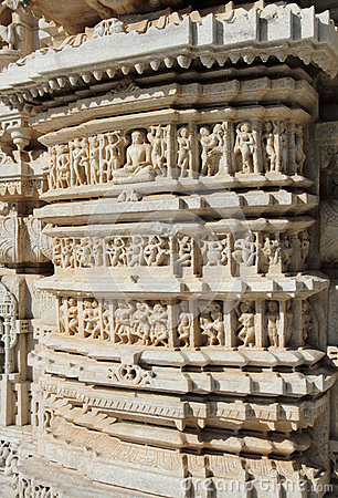 Часть виска ranakpur Индуизма
