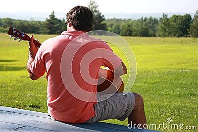 человек гитары