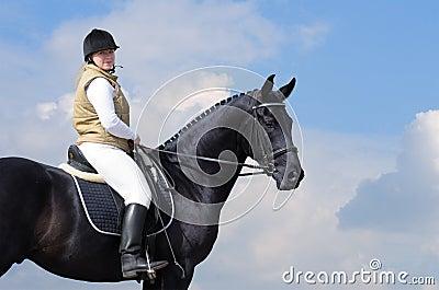 черная женщина лошади