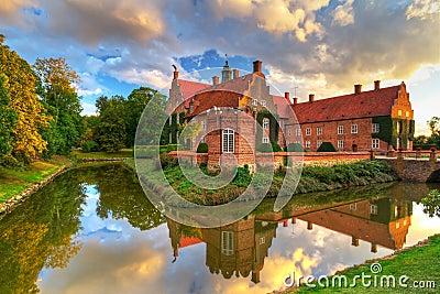 Шведский замок Trolle-Ljungby