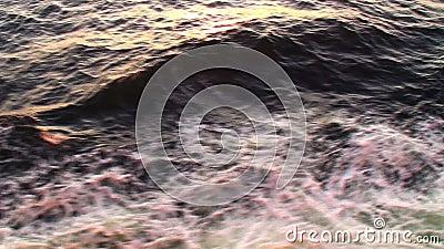 Шторм в море видеоматериал