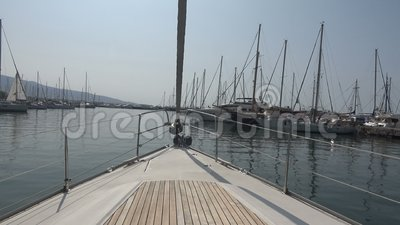 Яхты в Марине POV акции видеоматериалы