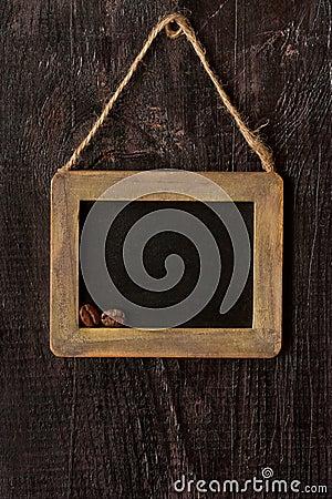 与木框架的粉笔板 竖