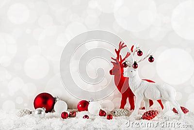 在古典颜色的欢乐典雅的圣诞节背景:的红色