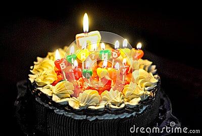 要生日蛋糕图片 蜡烛是15岁的 谢啦 要快点