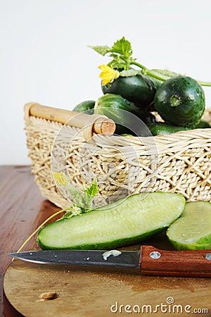 与切板的黄瓜