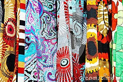 与大胆的模式的愉快的织品