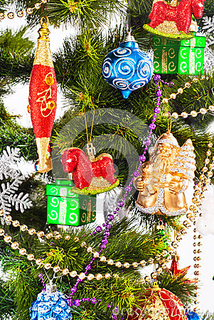与颜色装饰的新年度背景