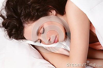 休眠的妇女