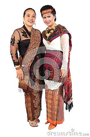 传统的礼服