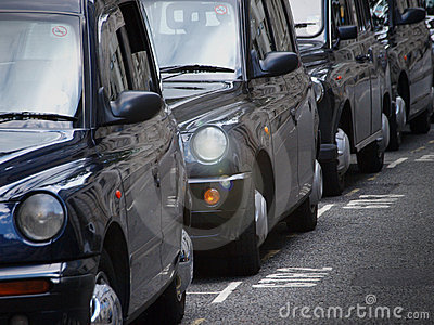 伦敦茂盛的出租汽车