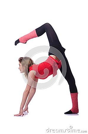 年轻体操运动员行使