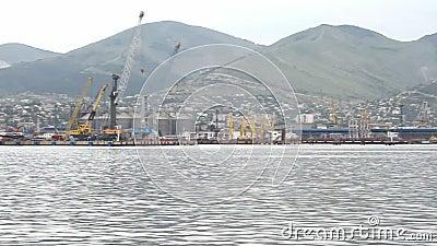 全景海港和江边 股票视频