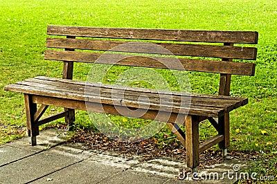 公园长椅在公园.图片