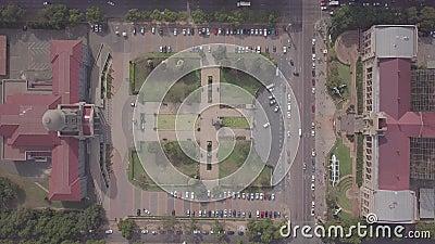 南非比勒陀利亚市中心的Tshwane市政厅和Ditsong国家自然历史博物馆的空中景观 股票录像