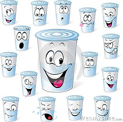 在塑料杯子的奶制品