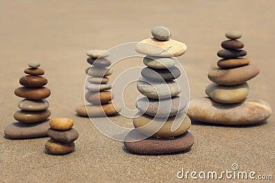 在海滩的石头