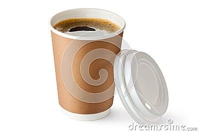 在纸板杯子的被开张的外卖咖啡