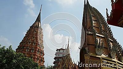 在老虎洞寺庙的高速射击位于北碧省在泰国, hyperlapse射击 影视素材