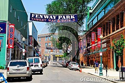 在Fenway公园,波士顿,麻省的Yawkey方式。 编辑类库存图片