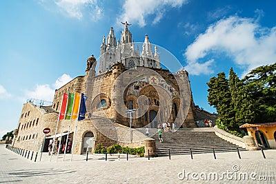 在Tibidabo的寺庙 编辑类库存图片