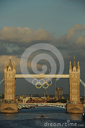 塔桥梁,在2012奥林匹克期间的伦敦 编辑类库存图片