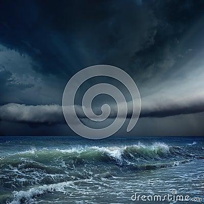多暴风雨的天气