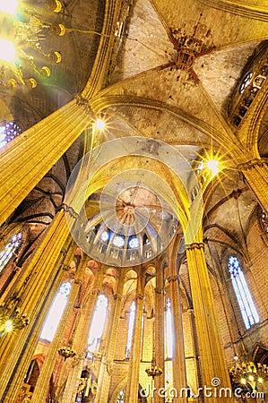 大教堂哥特式内部图片