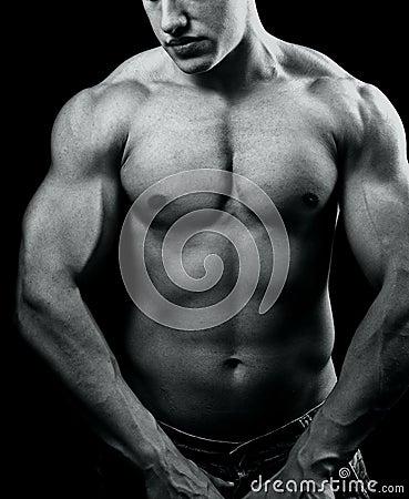 肌肉_库存照片: 大机体人肌肉强大性感
