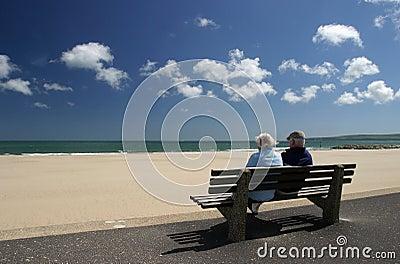 夫妇休闲退休的前辈