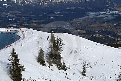 奥地利运行滑雪