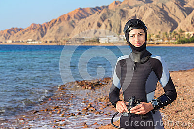 妇女潜水员