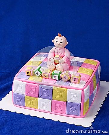 婴孩蛋糕洗礼仪式逗人喜爱的女孩阵雨