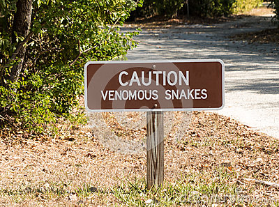 小心毒蛇警报信号