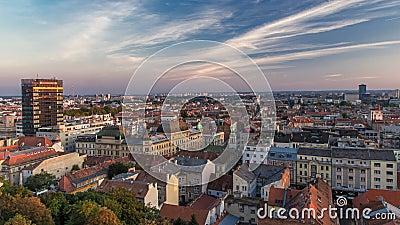 市中心timelapse的全景,克罗地亚的萨格勒布国会大厦,有邮件大厦、博物馆和大教堂的 股票视频