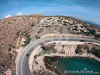 希腊海滨无人机翻转弯道,水绿石,海浪 股票视频