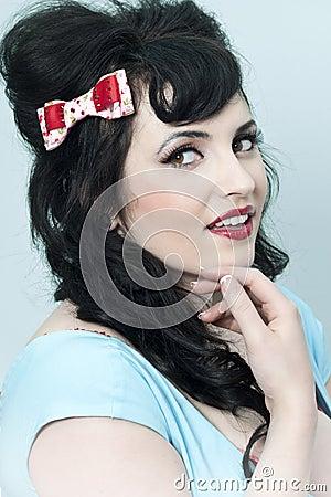 弓女孩头发pinup图片