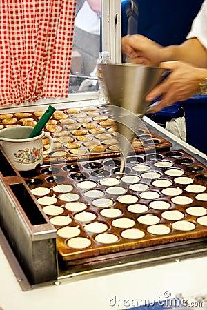 微型薄煎饼poffertjes