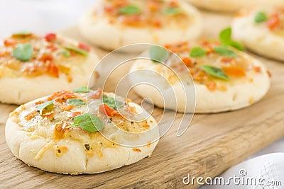 微型Margherita薄饼