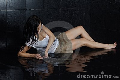 性感的湿女孩