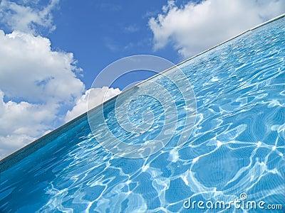 抽象池游泳