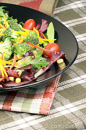 新鲜的健康沙拉