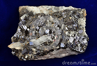 方铅矿和石英