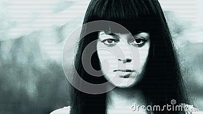 有恶魔眼睛的被困扰的妇女
