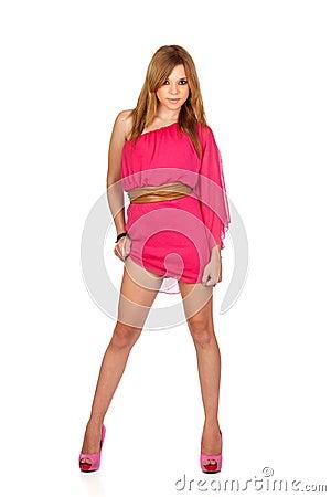 有桃红色礼服的方式女孩