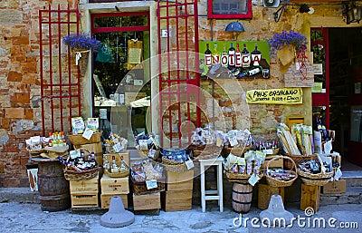 村庄Wineshop,托斯卡纳 编辑类库存照片