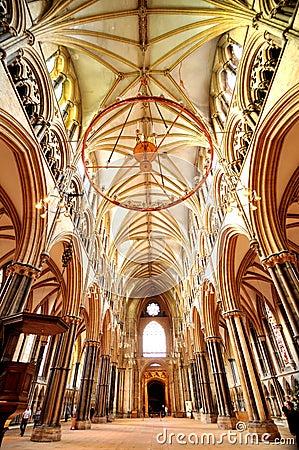 主要地标和第三大大教堂里面的哥特式建筑.图片