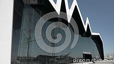 格拉斯哥运输博物馆和Glenlee高船 股票视频