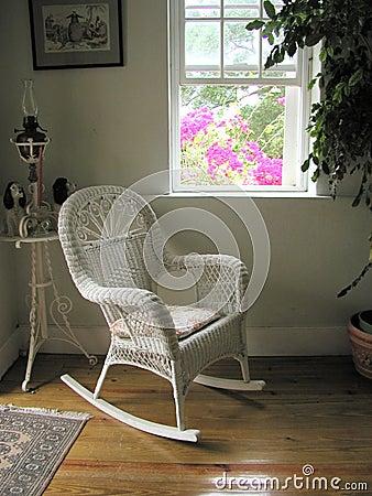 椅子种植园白色