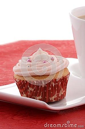 欢乐杯形蛋糕用在花梢牌照的茶